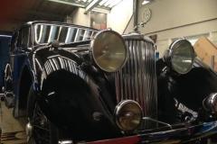 classic-car-2